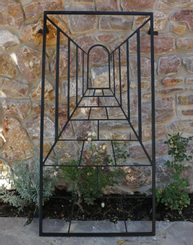 ARCADA - TRELLIS Forged Garden Décor