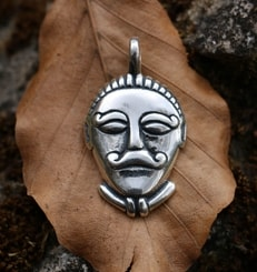 CELTIC HEAD, Msecke Zehrovice, silver pendant