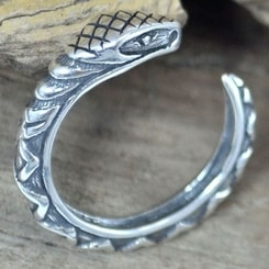 SERPENT, sterling silver ring