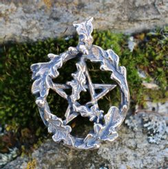 OAK PENTACLE, bronze pendant