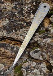 VENGEANCE GOLDEN EDITION etched throwing knife with Vegvísir - 1 piece