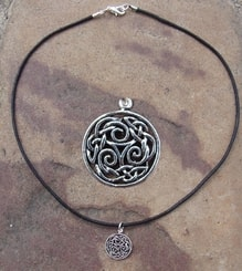 SILVERED TRISKELL NECKLACE