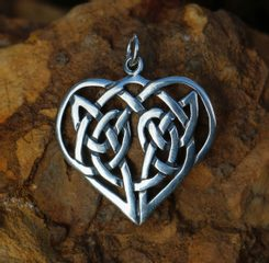 CELTIC HEART Pendant, Silver