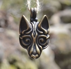 VIKING WOLF HEAD, tin pendant by Wulflund, brass plated