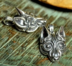VIKING WOLF HEAD, silver pendant by Wulflund, Ag 925