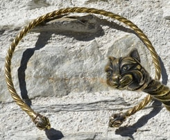 CAT, celtic art, torques, torc