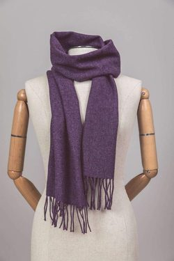 RICH PURPLE LAMBSWOOL SCARF