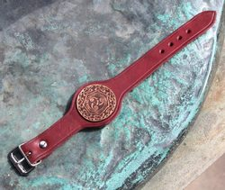 TRISKELE, leather bracelet