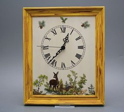 Wall clock 25x30cm doe