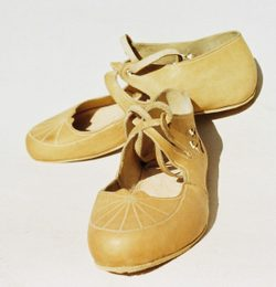 Ancient Roman shoes for ladies