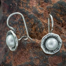 INIS, Earrings, Pearl, Silver