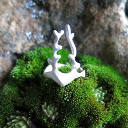 SMALL DEER, Cubist Ring, Sterling Silver