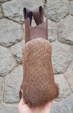 QUIVER WITH FUR, For Crossbow Arrows