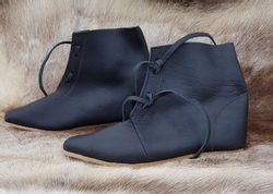 FOLMER, leather historical shoes