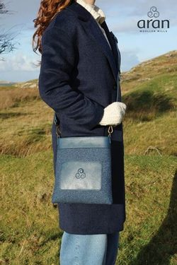 Kerry Tweed Message bag - Aran