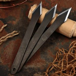 PIRANHA NO-RELOAD THROWING KNIVES, set of 3