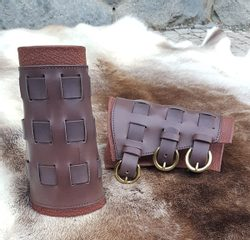 LEATHER BRACERS WITH BUCKLES, brown