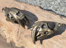 SMILODON, Sabertooth Tiger Skull Pendant, massive jewel, tin, brass colour
