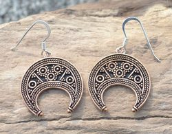 LUNITSA - EARRINGS, Great Moravian Empire, bronze