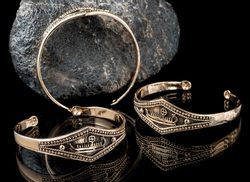 VIKING SHIP, bronze bracelet