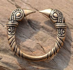 VIKING RAVEN HEAD RING, bronze