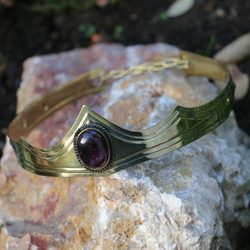GRACIA - MEDIEVAL GOTHIC CROWN with amethyst