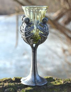 OAK LEAF, historical glass goblet, decorative replica