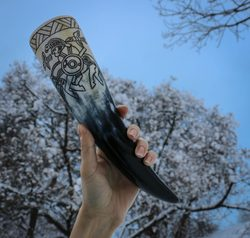 Huginn and Muninn, vendel drinking horn