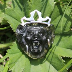 LION with CROWN, moldavite pendant, silver - Glyptica