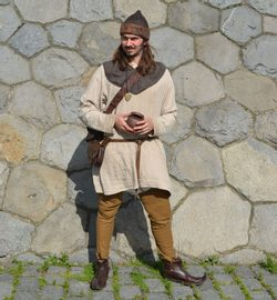 MEDIEVAL CIVILIAN, costume rental