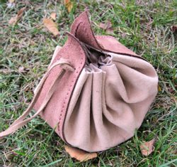 MEDIEVAL LEATHER POUCH - big