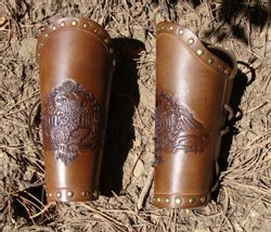 Roman Legio Eagle, leather bracers - ROMAN ARMOUR