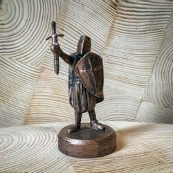 KNIGHT OF THE TEMPLE, historical tin statue - bronze patina