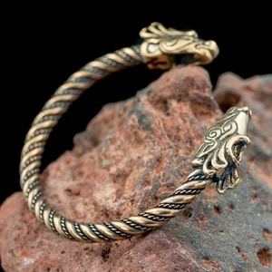 FIANNA, CELTIC DEER, BRONZE BRACELET - VIKING, SLAVIC, CELTIC BRACELETS - BRONZE AND BRASS{% if kategorie.adresa_nazvy[0] != zbozi.kategorie.nazev %} - JEWELLERY{% endif %}