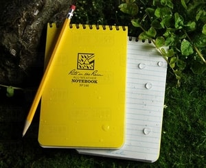 RITE IN THE RAIN - ALL-WEATHER NOTEBOOK - 4X6'' - 146 - YELLOW - ZÁPISNÍKY RITE IN THE RAIN{% if kategorie.adresa_nazvy[0] != zbozi.kategorie.nazev %} - ARMÉE, PLEIN AIR{% endif %}