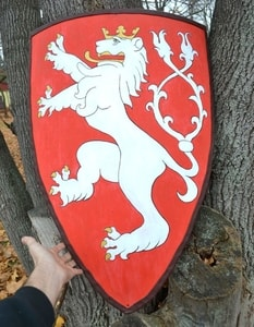 BOHEMIAN LION, COAT OF ARMS, SHIELD - PAINTED SHIELDS{% if kategorie.adresa_nazvy[0] != zbozi.kategorie.nazev %} - ARMOUR HELMETS, SHIELDS{% endif %}