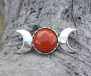 THREE MOON, PENDANT, STERLING SILVER AND JASPER - MYSTICA SILVER COLLECTION - PENDANTS{% if kategorie.adresa_nazvy[0] != zbozi.kategorie.nazev %} - JEWELLERY{% endif %}