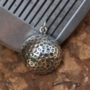 GOLF BALL, SILVER PENDANT - MYSTICA SILVER COLLECTION - PENDANTS{% if kategorie.adresa_nazvy[0] != zbozi.kategorie.nazev %} - JEWELLERY{% endif %}