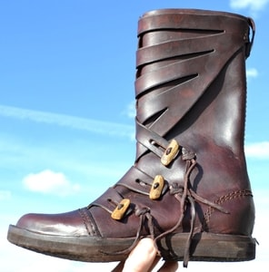 VARYAG, LATHER VIKING HIGH SHOES - BROWN - WIKINGERSCHUHE{% if kategorie.adresa_nazvy[0] != zbozi.kategorie.nazev %} - SCHUHE, KLEIDUNG{% endif %}