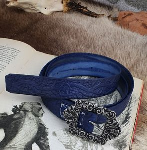 ALBA, SCOTTISH LEATHER BELT BLUE - BELTS{% if kategorie.adresa_nazvy[0] != zbozi.kategorie.nazev %} - LEATHER PRODUCTS{% endif %}