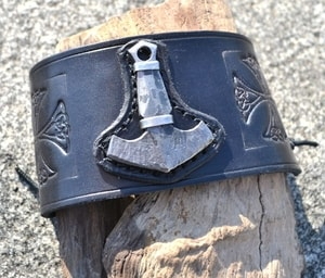 VIKING ROCKER, LEATHER BRACELET - WRISTBANDS{% if kategorie.adresa_nazvy[0] != zbozi.kategorie.nazev %} - LEATHER PRODUCTS{% endif %}