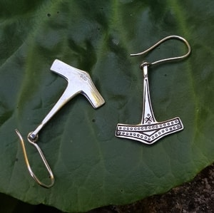 THOR'S HAMMER, SILVER EARRINGS - EARRINGS - HISTORICAL JEWELRY{% if kategorie.adresa_nazvy[0] != zbozi.kategorie.nazev %} - JEWELLERY{% endif %}