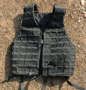 TACTICAL VEST BLACK - TACTICAL NYLON{% if kategorie.adresa_nazvy[0] != zbozi.kategorie.nazev %} - OUTDOOR SHOP{% endif %}