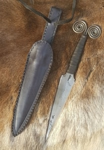 GORMALL, CELTIC DAGGER - COSTUME AND COLLECTORS' DAGGERS{% if kategorie.adresa_nazvy[0] != zbozi.kategorie.nazev %} - WEAPONS - SWORDS, AXES, KNIVES{% endif %}