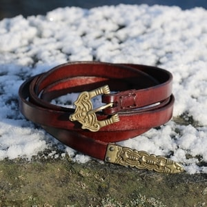 BORRE, LEATHER VIKING BELT, FIREBRICK - BELTS{% if kategorie.adresa_nazvy[0] != zbozi.kategorie.nazev %} - LEATHER PRODUCTS{% endif %}