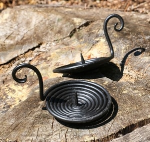 MEDIEVAL CANDLE HOLDER, FORGED, SPIRAL - FORGED PRODUCTS{% if kategorie.adresa_nazvy[0] != zbozi.kategorie.nazev %} - SMITHY WORKS{% endif %}