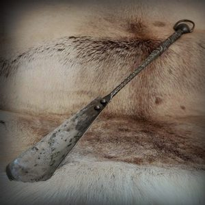 SHOEHORN, FORGED, LUXURY DESIGN - FORGED PRODUCTS{% if kategorie.adresa_nazvy[0] != zbozi.kategorie.nazev %} - SMITHY WORKS{% endif %}