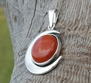 LUNA AND SUN, PENDANT, STERLING SILVER AND JASPER - MYSTICA SILVER COLLECTION - PENDANTS{% if kategorie.adresa_nazvy[0] != zbozi.kategorie.nazev %} - JEWELLERY{% endif %}