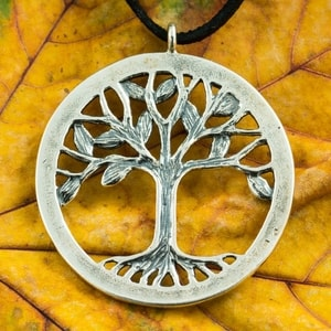 TREE OF LIFE PENDANT - LARGE, STERLING SILVER - MYSTICA SILVER COLLECTION - PENDANTS{% if kategorie.adresa_nazvy[0] != zbozi.kategorie.nazev %} - JEWELLERY{% endif %}