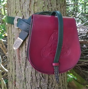 GOTLAND, VIKING LEATHER BAG WITH A BELT - BAGS, SPORRANS{% if kategorie.adresa_nazvy[0] != zbozi.kategorie.nazev %} - LEATHER PRODUCTS{% endif %}